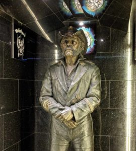 Bronze statue of Lemmy at the Rainbow